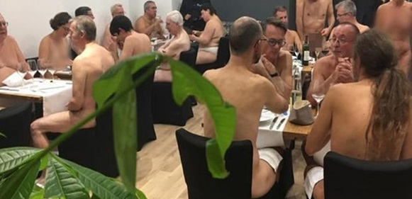 Paris' Naked Restaurant Shuts Down Over Low Patronage