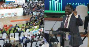 Former Kenyan prime Minister uses Nigeria to crack corruption joke at a summit (Video)
