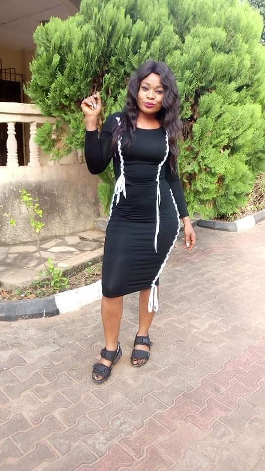 #ViralNow: Lady stabbed to death during early morning jog in Anambra (Photos) 2