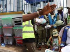 #NigerianDecides2019: Drama as Adhoc officials arrive at polling unit In Abuja with Thumb-Printed Ballot Papers (Photos)