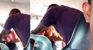 Pastor refuses to stop praying due to passengers unwillingness to drop offering (Video)