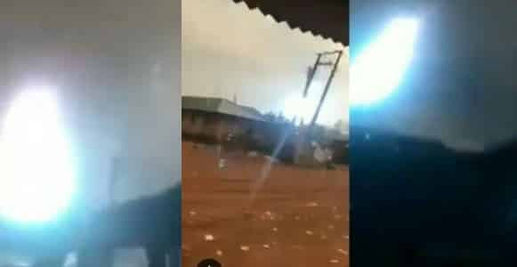 Lightning and thunder strike cause panic In Edo State (Video)
