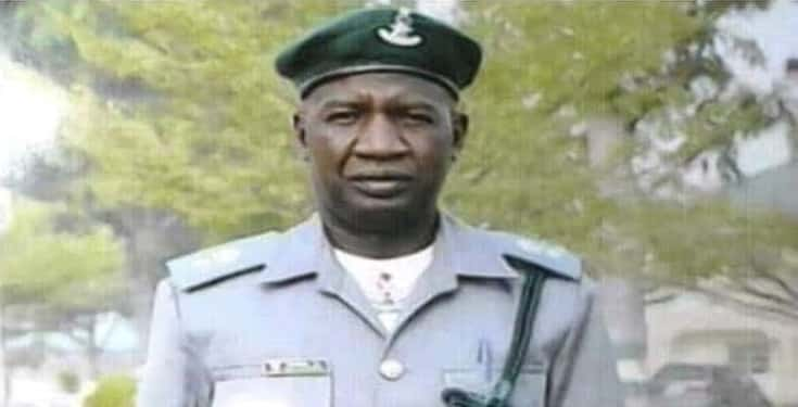 Bees attack, and kill Nigerian customs officer while on duty