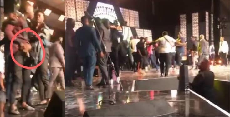 Stonebwoy pulls out a gun as Shatta Wale attacks him on stage (Video)
