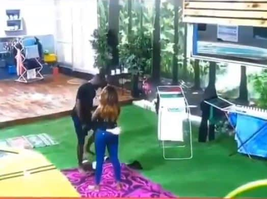 BBNaija 2019: Gedoni and Khafi share a passionate kiss (video)
