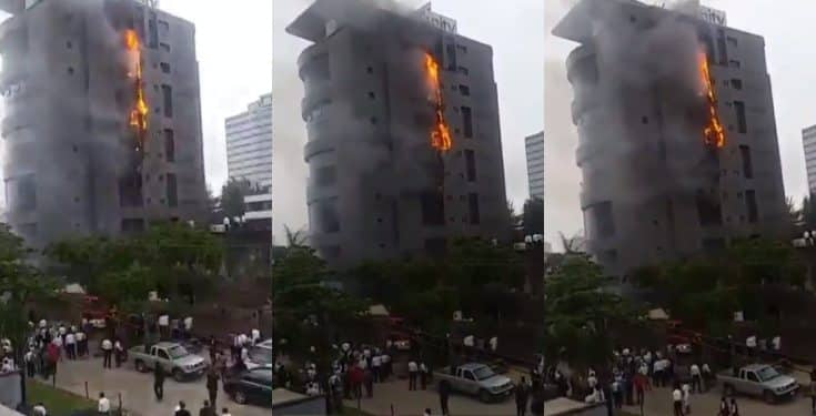 Fire engulfs Unity Bank Head office in V.I, Lagos (Video)