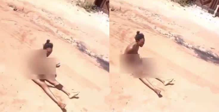 Lady strips naked o curse her boyfriend who dumped her (video)