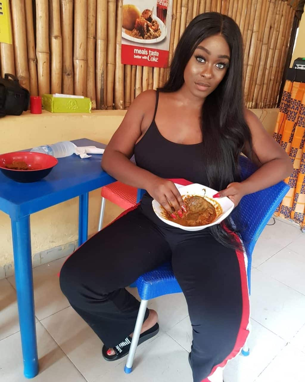 Reality star, Uriel Oputa, was recently the target for trolls after he shared a seemingly innocent photo of herself eating Amala.