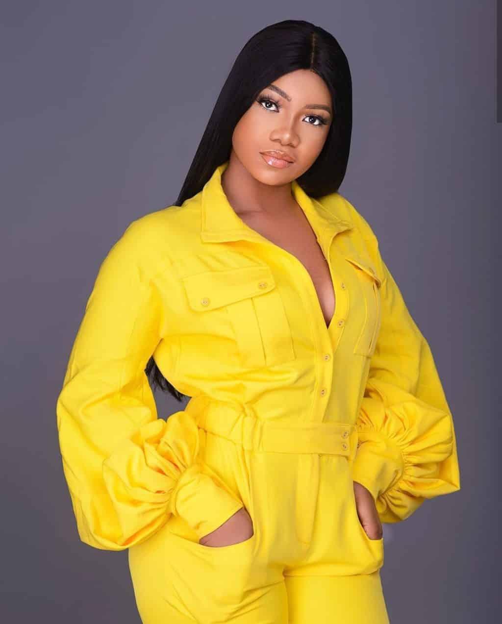 Mercy's fan blasts Titans for bragging over N500k endorsement, Mercy's fan blasts Titans for bragging over N500k endorsement, Latest Nigeria News, Daily Devotionals & Celebrity Gossips - Chidispalace