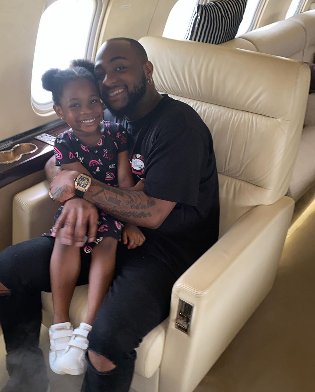 """""""Landed just in time to drive my baby to school""""- Davido says as he shares adorable photo with his daughter"""