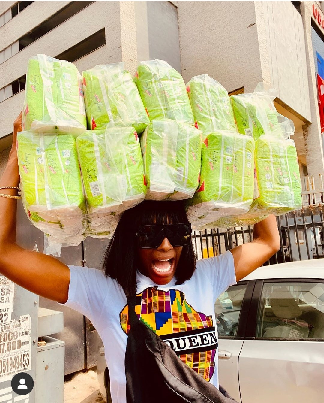 Mike's wife, Perri buys sanitary pads for less privileged girls (Photos)