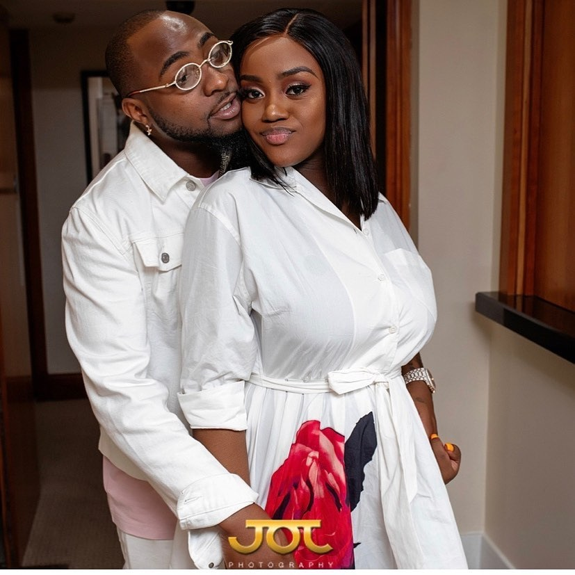 Nigerian writer reacts to video of Davido pressing Chioma's breast