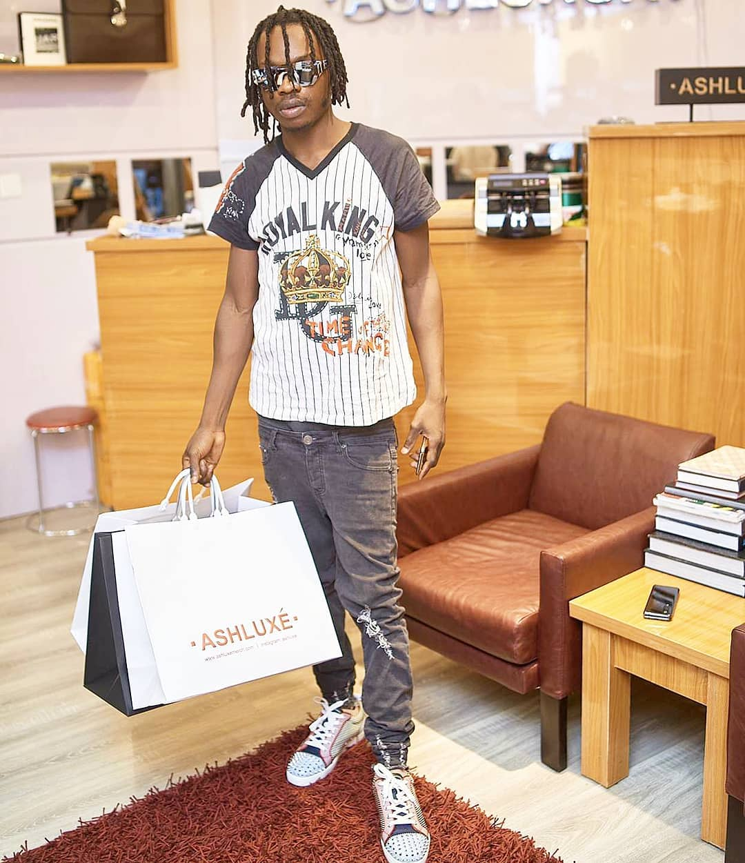 Naira Marley is a graduate with B.A & Msc but his fans keep shouting 'Marlians no dey graduate' – Lady writes