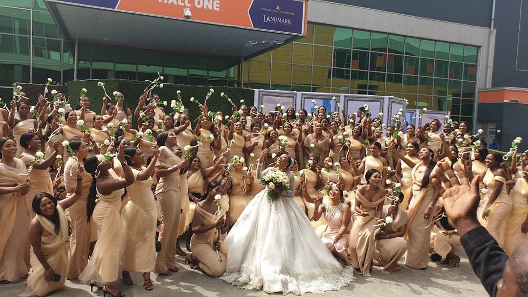 Sandra Ikeji shuts down Lagos with 200 bridesmaids (photos)