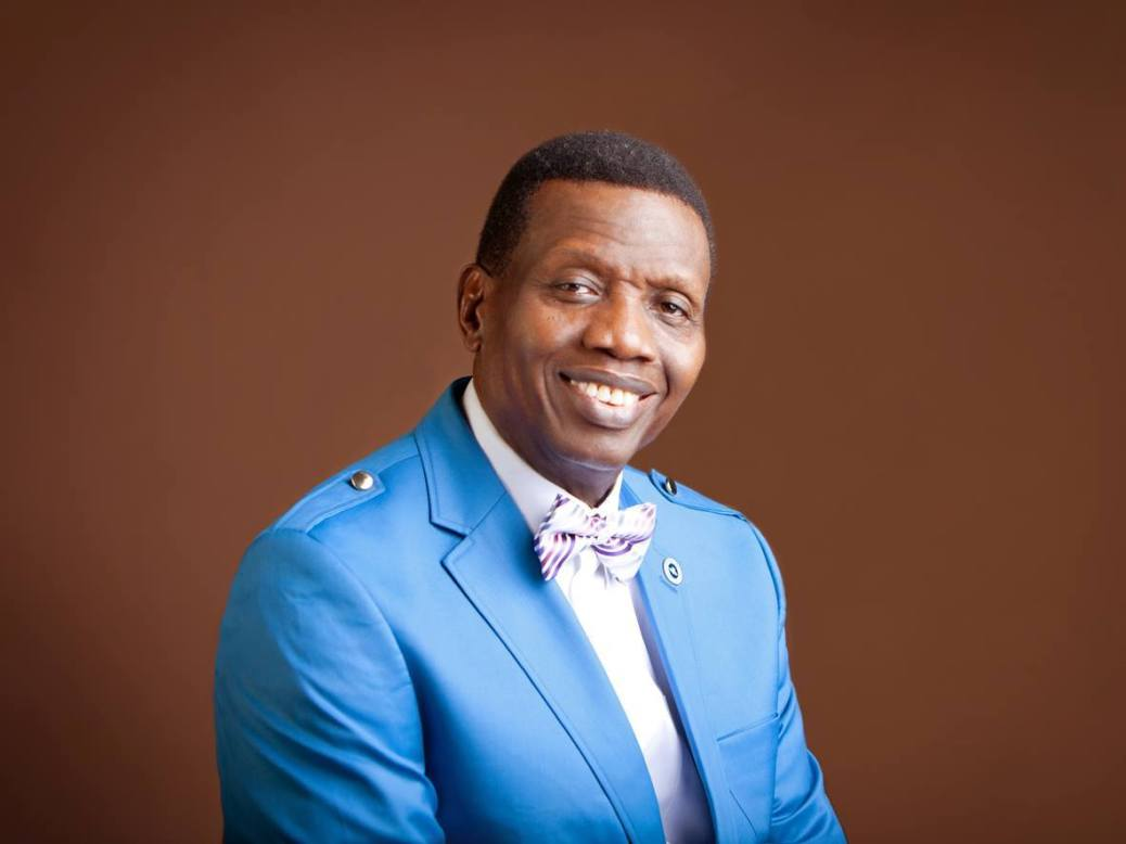 Pastor Adeboye praised after he prayed for staff of a construction company