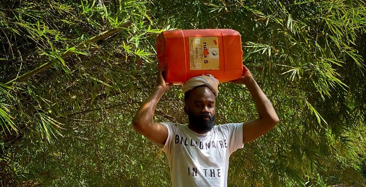 Noble Igwe receives criticisms for a photo he shared showcasing his hometown