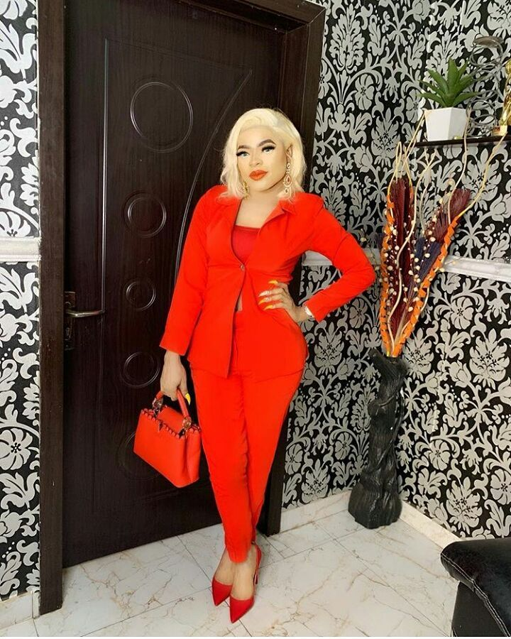 Bobrisky cries out as his driver flees with his Mercedes Benz and money thumbnail