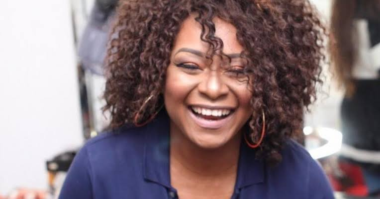 """""""You're a jobless retired old mother"""" – Etinosa slams Victoria Inyama"""