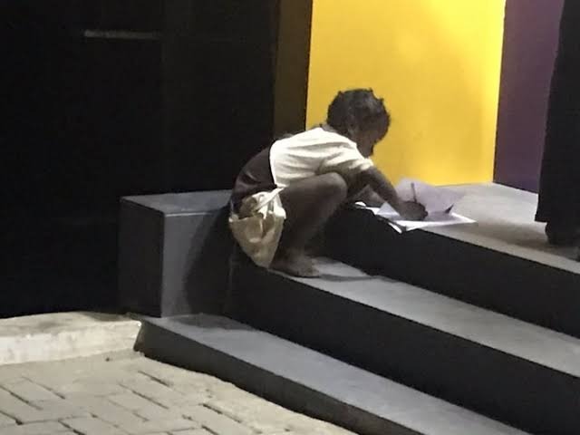 'I want to be a nurse' – 6-year-old schoolgirl who was spotted reading by ATM at night