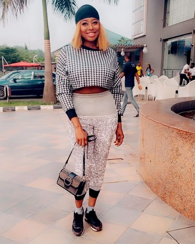 Nigerian Lady on Instagram exposes how rats practically made her a victim of food preparation gasoline explosion