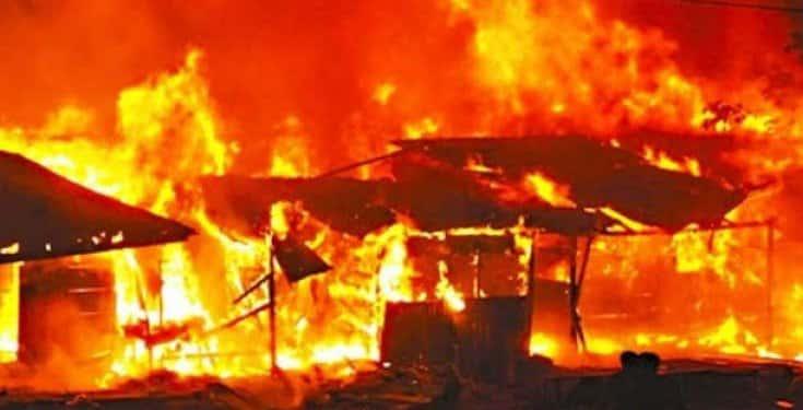 Fire Razes Shops In Lagos