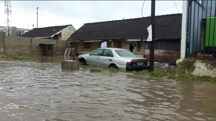 Pictures And Videos From Flooding In Lagos