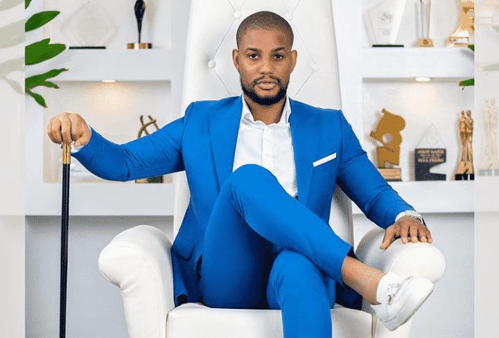 Alexx Ekubo gifts fan N30k