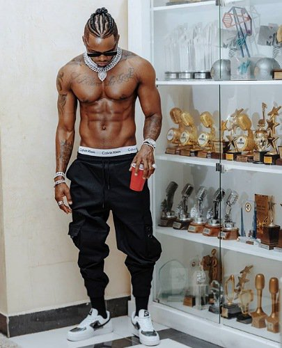 Diamond Platnumz flaunts multiple awards