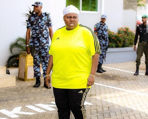 Jude Chukwuka praises Teni