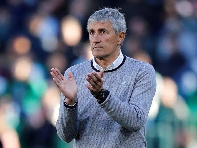 Barcelona sack coach