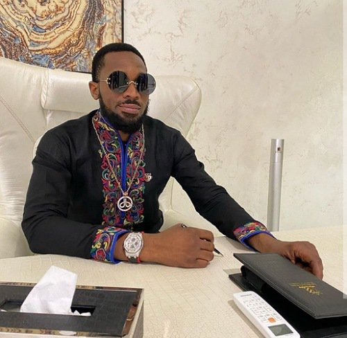 """My fave right now"" - D'banj"