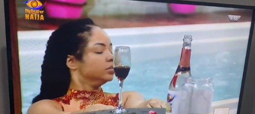 Nengi sipping wine after eviction