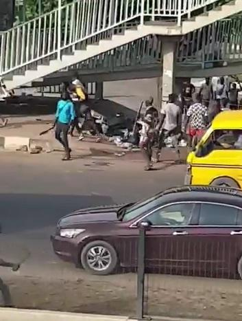 Thugs Hijack #EndSARs Protest In Alausa, Lagos