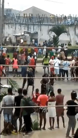 Benin prisoners escape