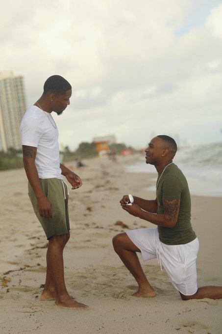 Man proposes to boyfriend