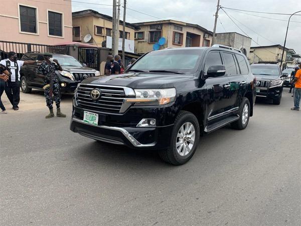 sanwo-olu convoy vehicle