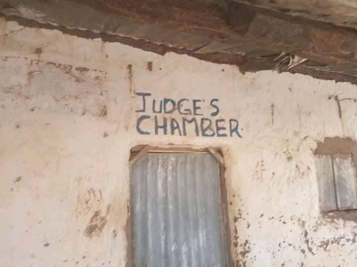 Unbelievable photos of a courtroom in Gombe state surfaces