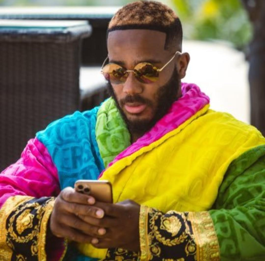 Kiddwaya brags about his network