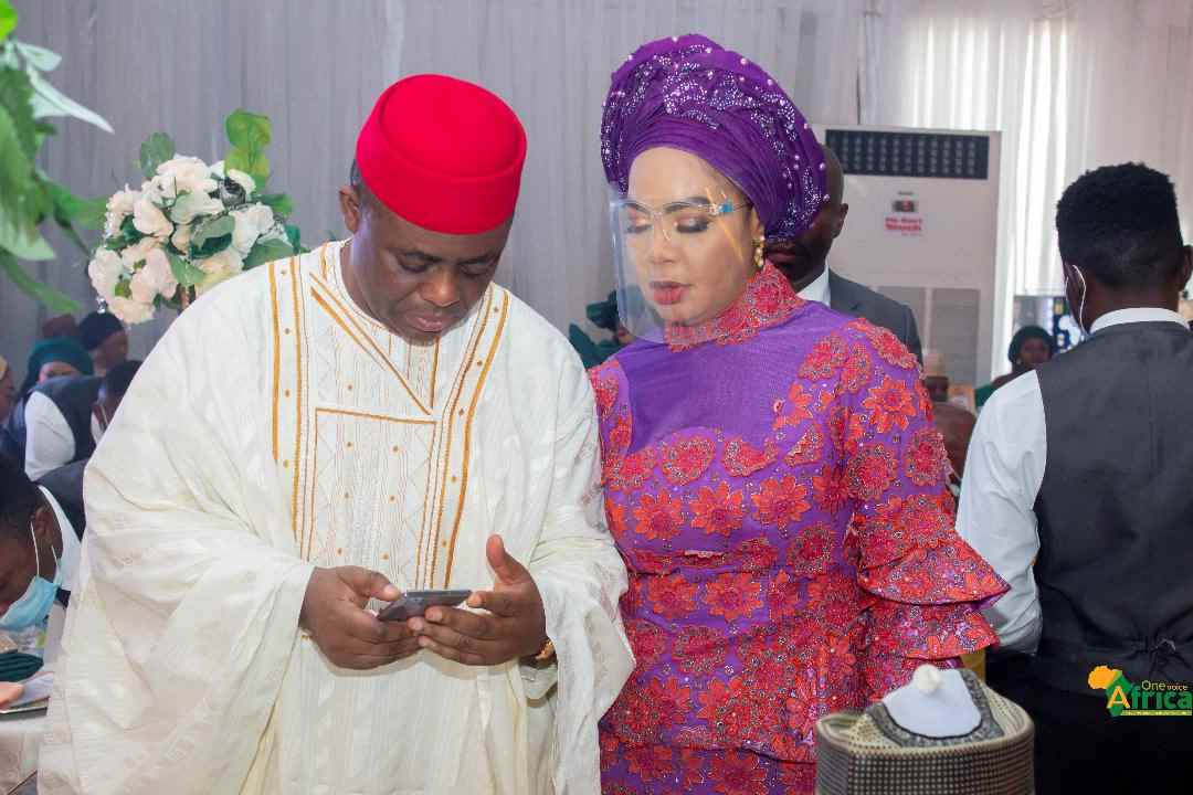 """""""Dem use woman do you"""" - Reactions as Femi Fani-Kayode shares photo exchanging number with woman"""