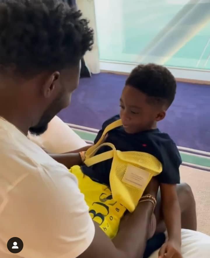 Teebillz surprised his son