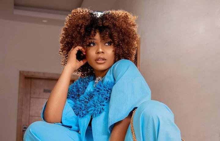 Ifu Laments About The Odour Of Her Plumber