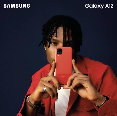 Singer Joeboy secures endorsement deal with Samsung Nigeria