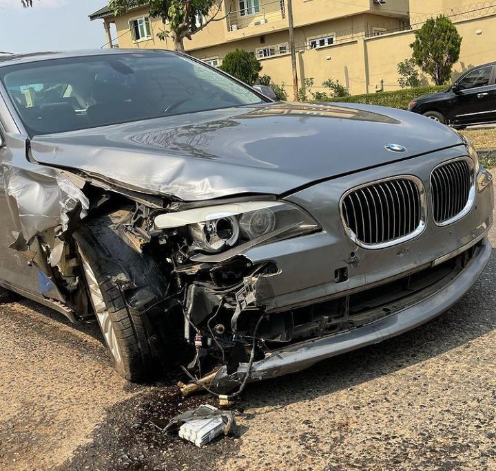 Soso Soberekon survives car accident