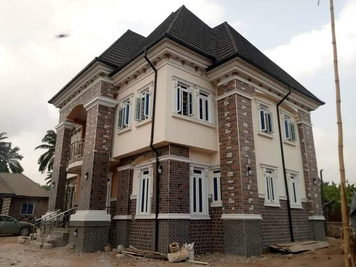 Man shows off new mansion