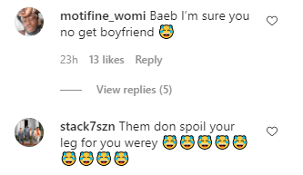 """""""Kobo you no go see"""" - Lady dragged for getting tattoo of Naira Marley on her lap"""