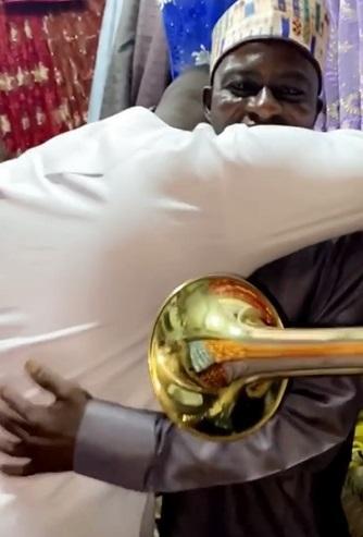 Comedian Cute Abiola breaks down in tears as he celebrates Dad's birthday (Video)