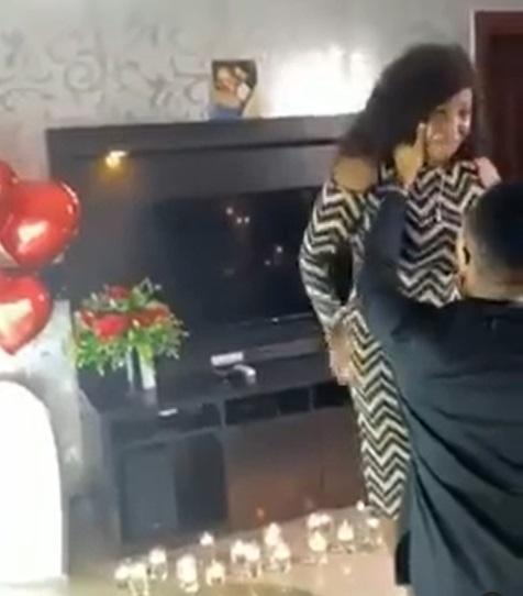 Touching moment lady bursts into tears as boyfriend proposes (Video)