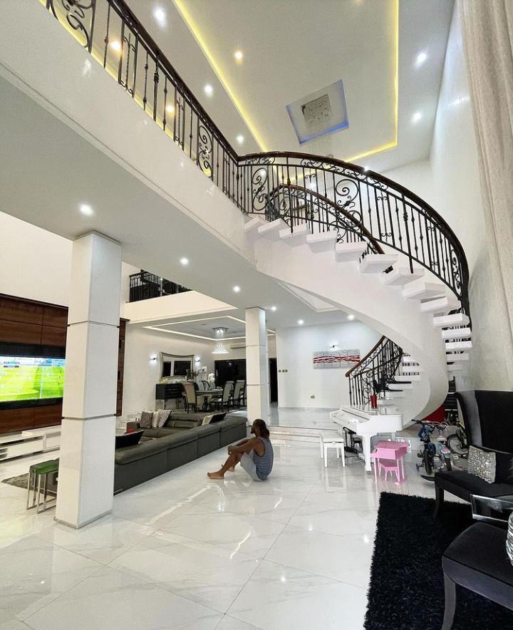 Paul Okoye flaunts his mansion