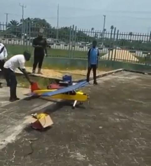 Student builds prototype aeroplane from scratch in Bayelsa (Video)