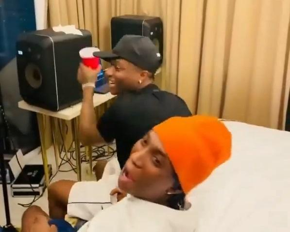 """The song no go drop till 2050"" - Reactions as Wizkid, Bella Shmurda hit the studio (Video)"